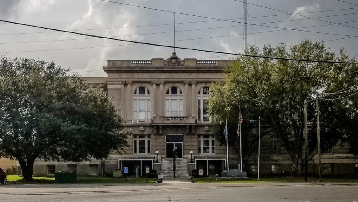 allen parish courthouse in oberlin