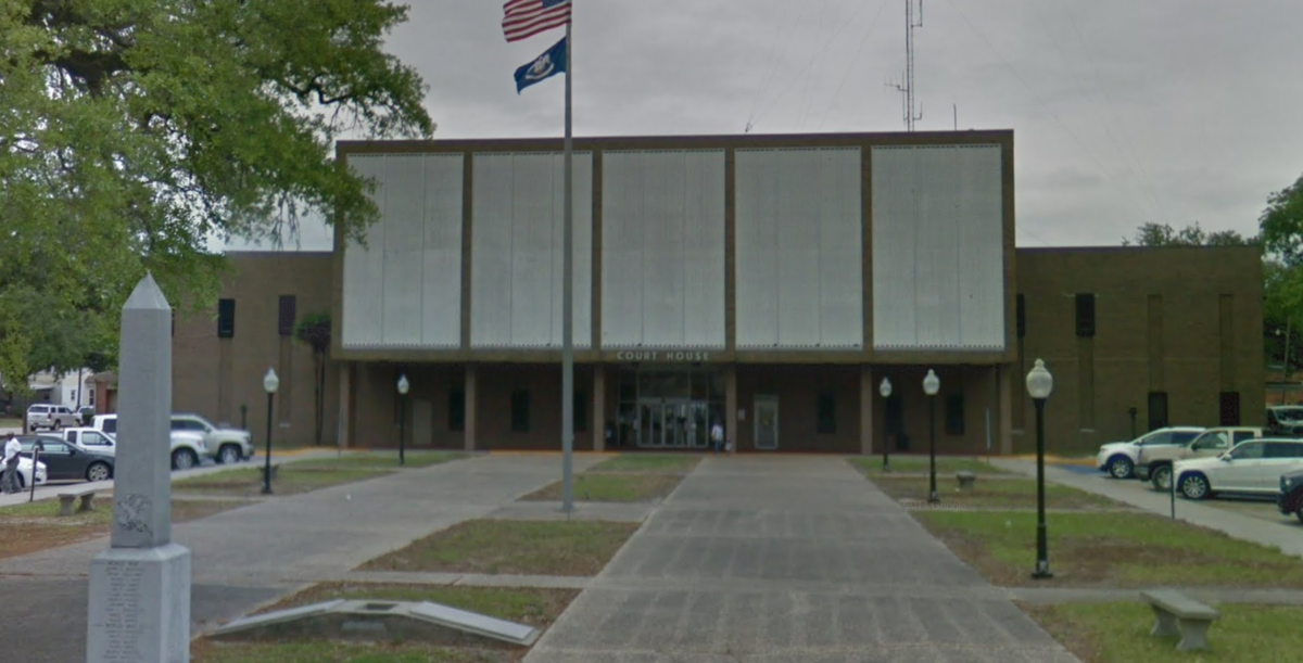 jefferson davis parish courthouse in jennings, louisiana