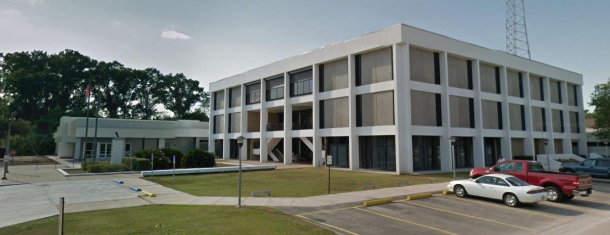 st james parish courthouse
